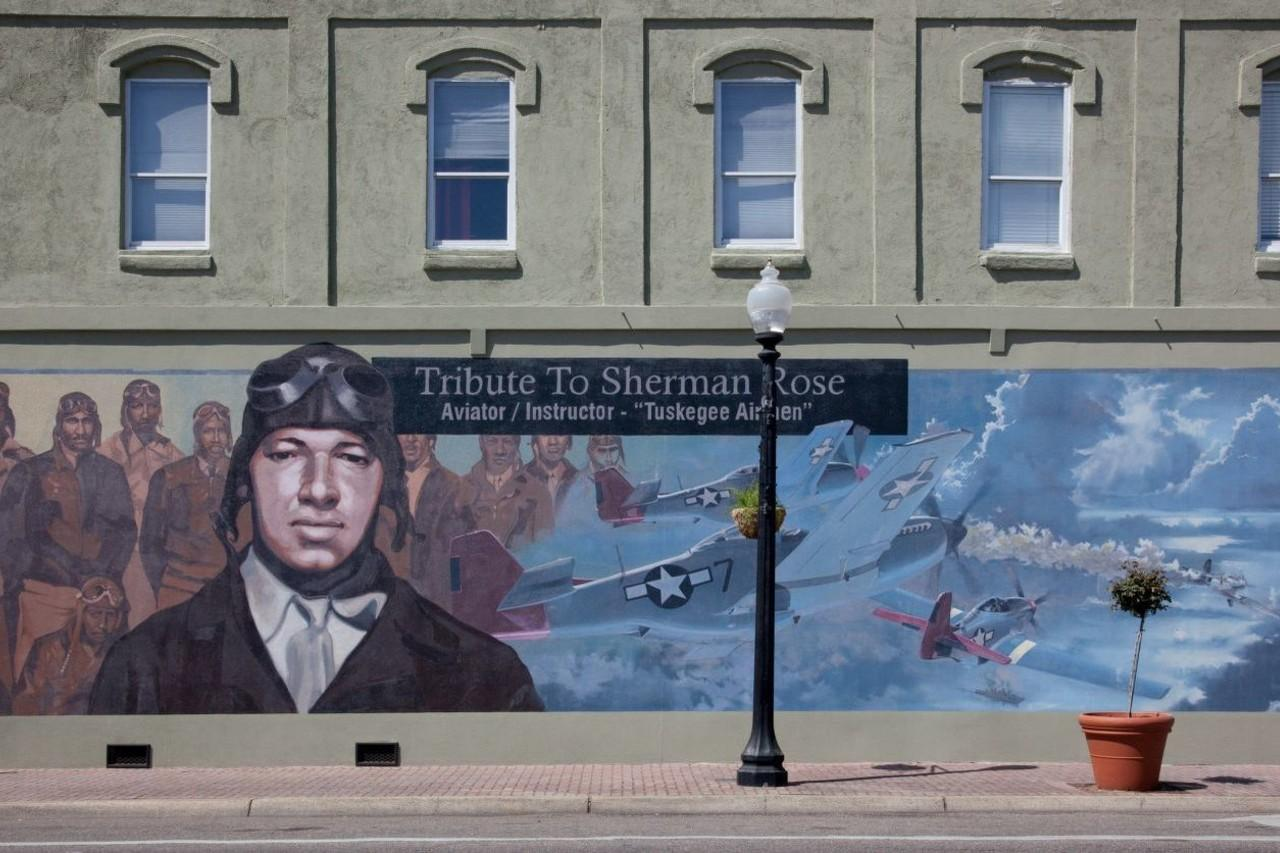 mural for tuskegee airman